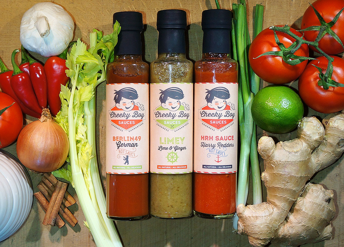 The three sauces on a nest of Vegetables